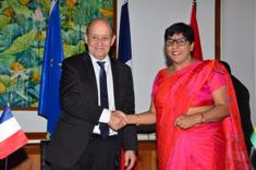 Bilateral cooperation: Mauritius and France sign three declarations of intent