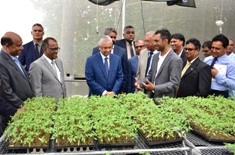 Prime Minister Jugnauth inaugurates Seedling Production Unit in Henrietta
