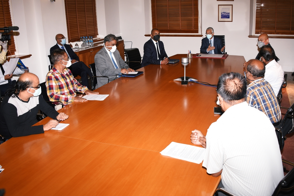 Covid-19 legislative framework: PM meets with representatives of trade unions