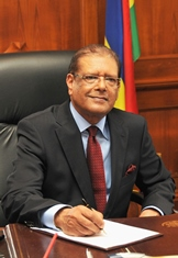 President's Address on Christmas Day - Focus on Education