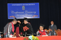 University of Mauritius Confers Honorary Degree of Civil Law to President of Republic