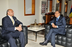 Prime Minister receives Indian Minister of Human Resource Development