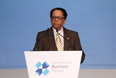 Prime Minister addresses Commonwealth Business Forum in Malta