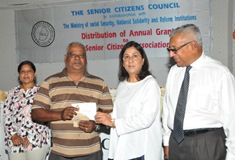 Allocation of Annual Grant 2016 to Senior Citizens Associations