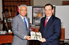 Ambassador of Qatar to Mauritius meets Prime Minister