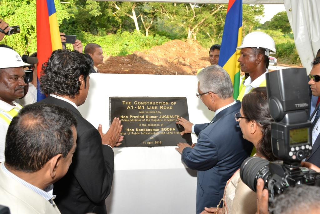 Mauritius witnesses a new phase in road network modernisation, says Prime Minister