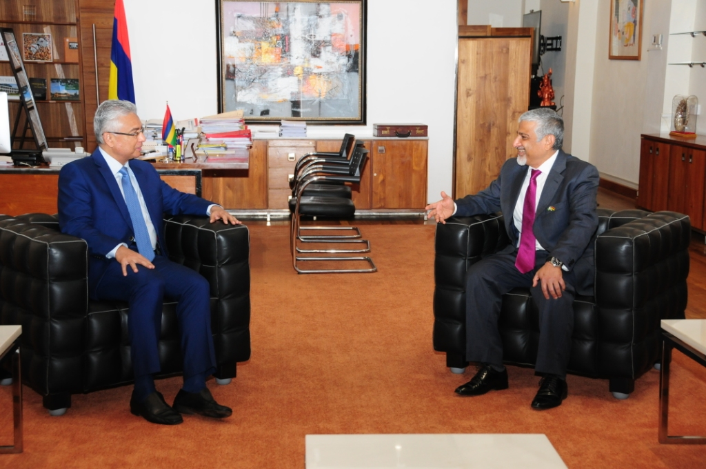 Pakistani High Commissioner to Mauritius meets Prime Minister