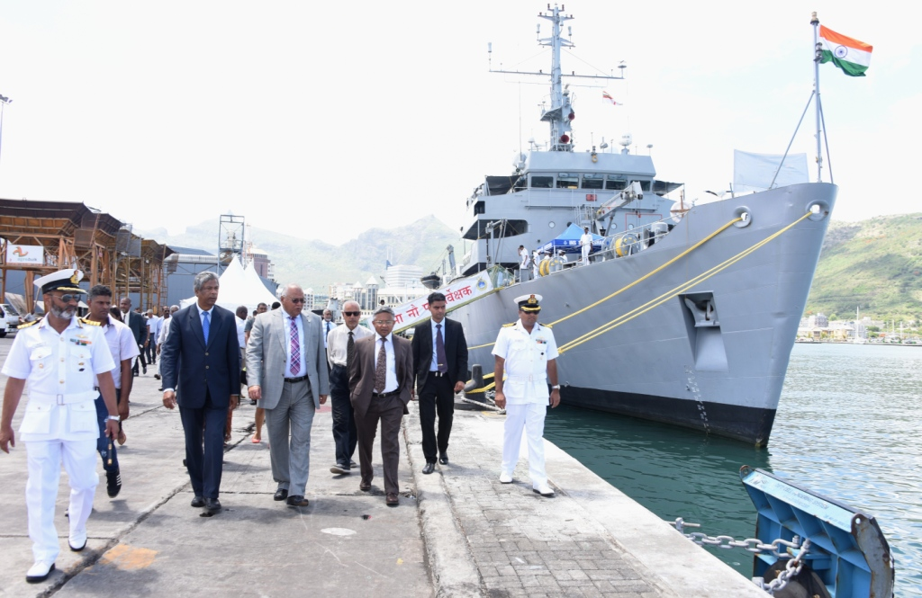 "Indian Naval Ship ""Sarvekshak"" to carry out Joint hydrographic and oceanographic surveys for Mauritius"