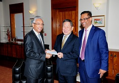 Prime Minister's Cyclone Relief Fund: State Bank of Mauritius and Mauritius Housing Company Ltd donate Rs 1 Million each