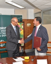 MoU signed to reduce street dog population in a humane and sustainable way