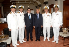 Prime Minister meets Delegation of Pakistan Navy