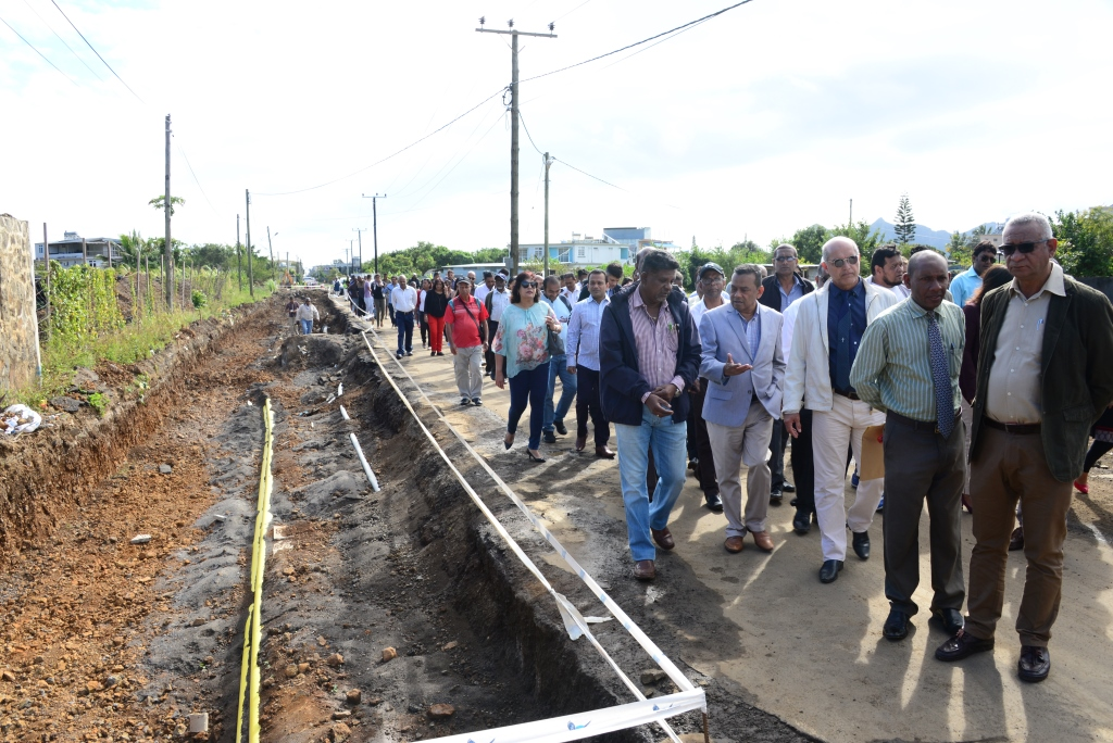 Deputy Prime Minister effects site visit at Berthaud Road to take stock of progress of work