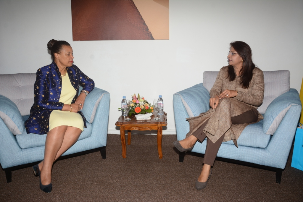 Commonwealth Secretary General meets Minister Jadoo-Jaunbocus