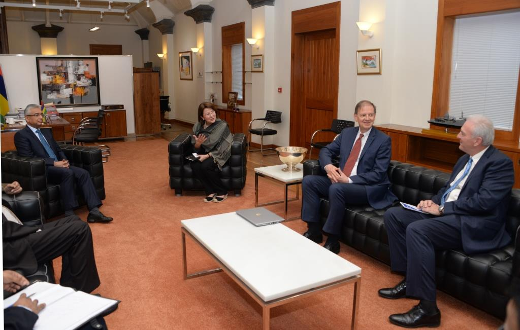 Prime Minister receives a delegation of IMF Experts