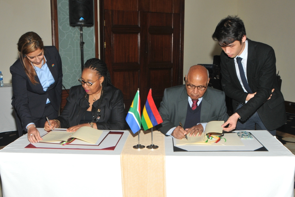 Mauritius and South Africa sign MoU on Fisheries