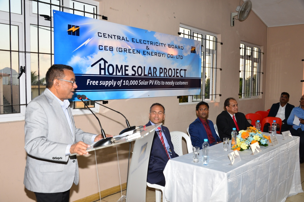 Deputy Prime Minister launches Home Solar Project