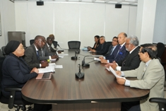 Delegation from Gambia meets members of Independent Review Panel