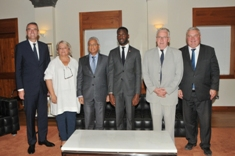 Delegation from Groupe d'amitié France-Maurice meets Prime Minister