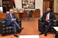Prime Minister receives Senior Minister of the Government of Ghana
