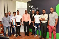 Three young Mauritians footballers to receive training at Sheffield United in UK