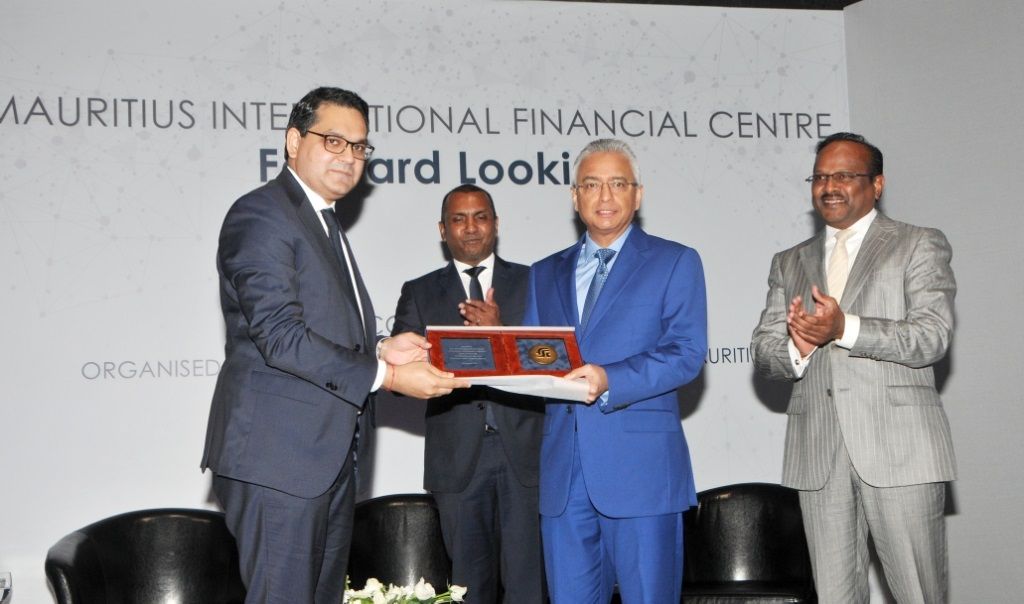 Mauritius set to become a sophisticated and attractive financial centre, says Prime Minister