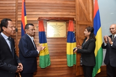 Acting Prime Minister Collendavelloo inaugurates new Marriage Office