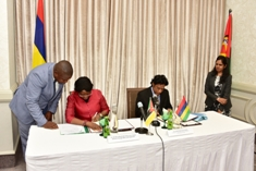 Mauritius signs MoU on liquefied natural gas with Mozambique