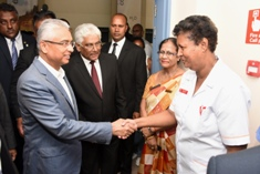 Prime Minister visits female medical staff of A.G.Jeetoo Hospital on International Women's Day