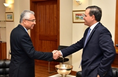 Regional CEO of Standard Chartered Bank pays courtesy call on Prime Minister