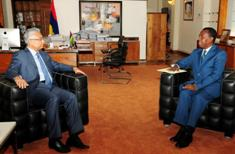 Mauritius and Comoros to further consolidate regional ties
