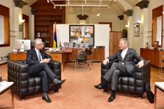 EU Head of Delegation to Mauritius pays courtesy call on Prime Minister