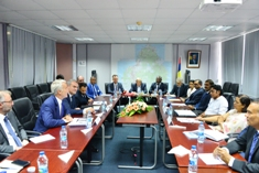 Minister Bodha chairs a working session with Mouvement des Entreprises de France